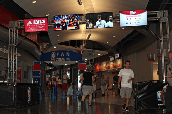 Digital Signage Screens